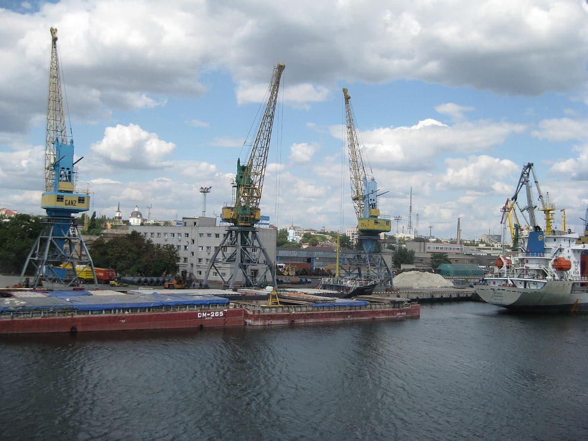 """Уряд схвалив рішення про початок концесії морських портів """"Ольвія"""" та """"Херсон"""""""