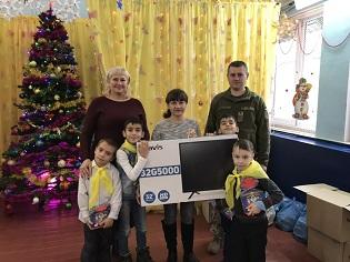 Військовослужбовці інформоційно-телекомунікаційного вузла завітали у гості до Одеської школи-інтернату № 88