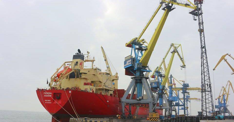 Маріупольський порт в жовтні переробив 623,6 тис. тонн вантажів