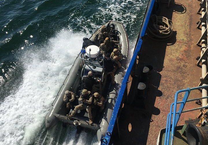 73-й морський центр спеціального призначення відпрацював дії абордажних груп на воді