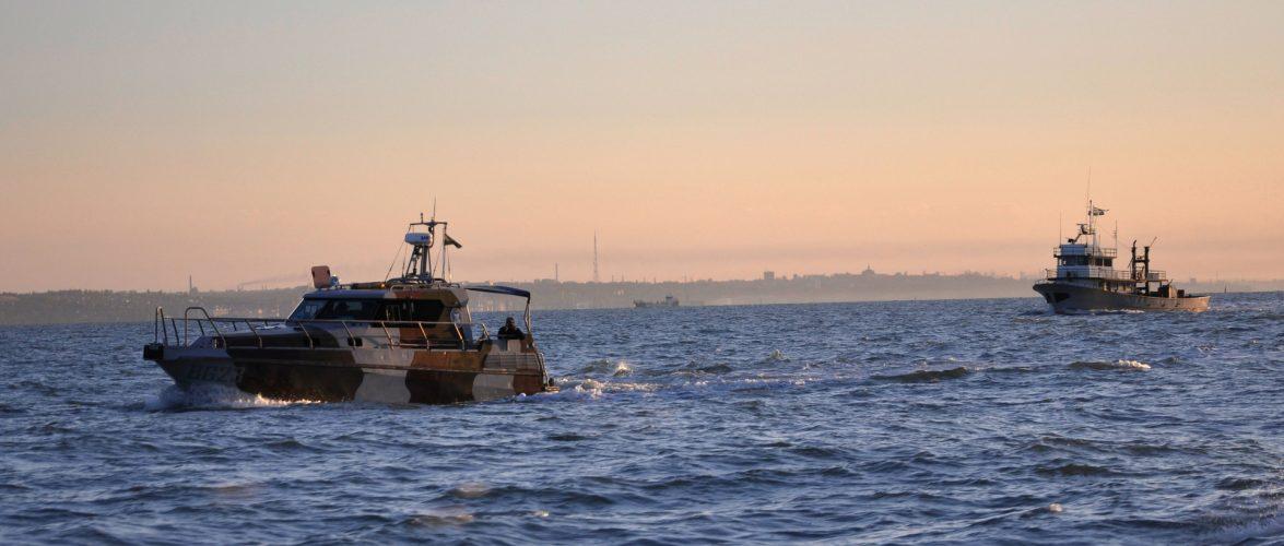 Підрозділами Морської охорони проведено відстеження, опитування та огляд суден закордонного прямування