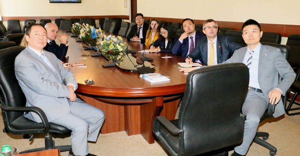 Представники компанії «Вань Сюе» відвідали Національний університет «Одеська морська академія»