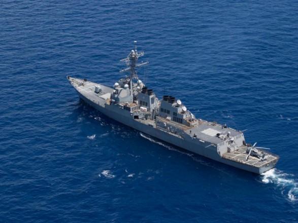 США направили есмінець Mason до місця підриву танкерів в Оманській затоці