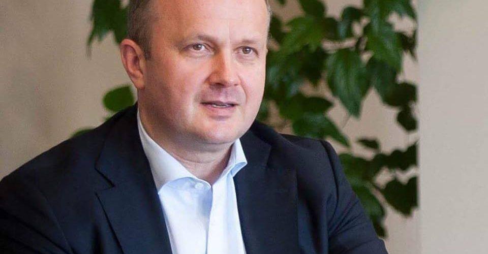«Зелене» море в Одесі – це наслідки дерегуляції бізнесу – Міністр екології Остап Семерак