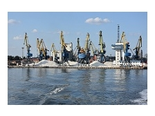 Маріупольский порт через негоду призупинив обробку суден
