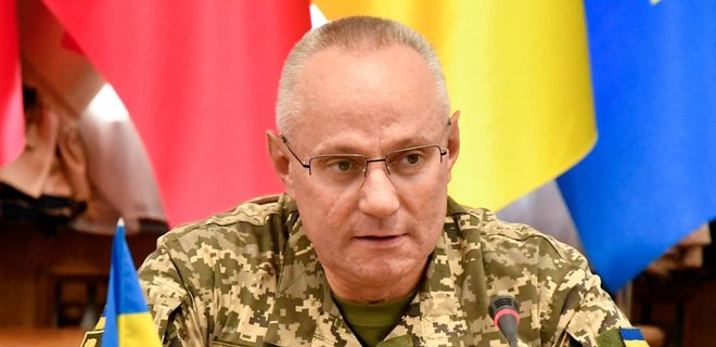 ВМС України і надалі здійснюватимуть прохід кораблів через Керченську протоку – Хомчак