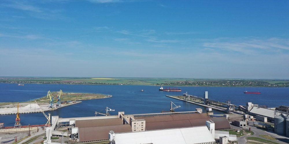 Морський спеціалізований порт «НІКА-ТЕРА» у 2018-2019 м\р перевалив 4,7 млн тонн зернових