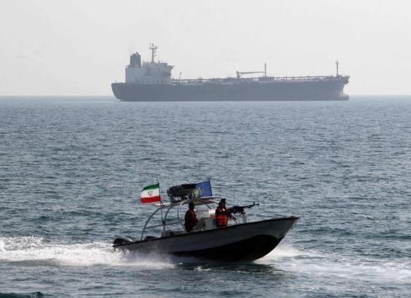 Іран втретє захопив іноземний нафтовий танкер з 7 членами екіпажу