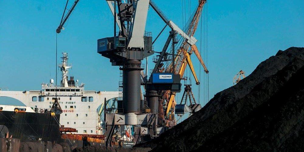 Морський порт «Южний» опрацював 11 млн 680 тисяч тонн вантажів на даний момент (100% плану на 2019 рік)