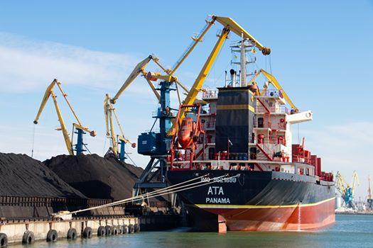 За підсумками 9 місяців Маріупольський порт збільшив обсяги перевалки на понад 100 тис. тонн