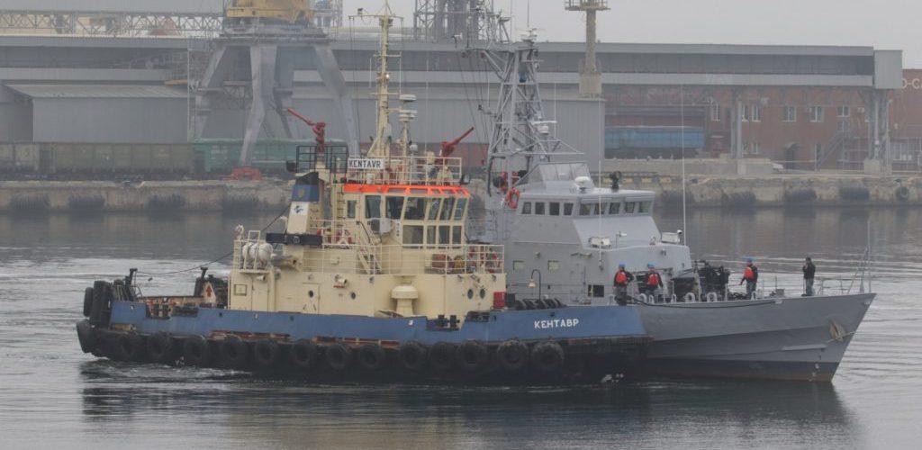 """В Одесі спущено на воду два патрульних катери типу Island – """"Слов'янськ"""" та """"Старобільськ"""""""