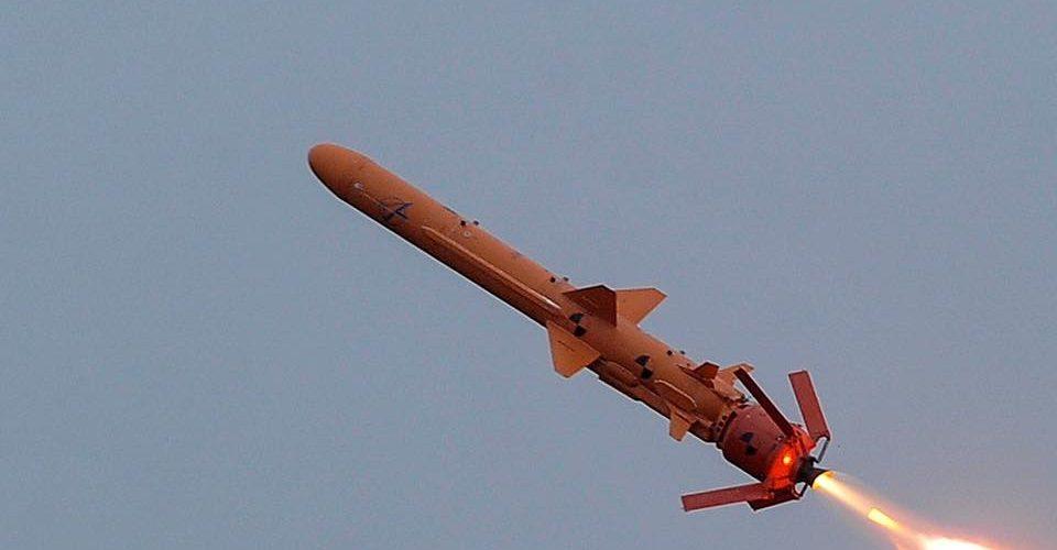 """На виставці """"Зброя та Безпека 2019"""" Президент ознайомився з ракетним комплексом РК-360 МЦ """"Нептун"""""""