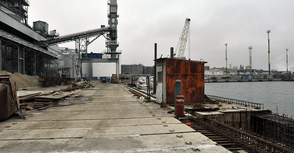 Інвестиційні проекти Одеського порту: на причалі 1-з виконано дві третини будівельних робіт; на черзі – днопоглиблення