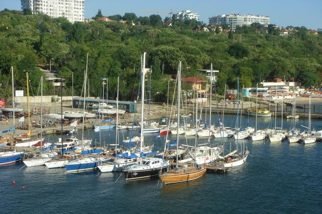 «Чорноморський яхт-клуб» міста Одеса виносять на приватизацію