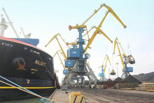 Маріупольський морський торговельний порт вже перевищив обсяги вантажопереробки минулого року