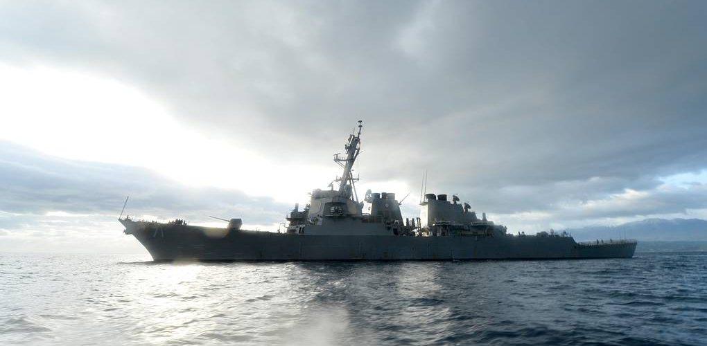 Есмінець ВМС США Ross увійшов у Чорне море