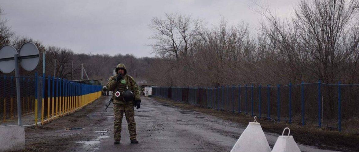 Майже 4,5 тисяч українців, які опинилися на кордоні без транспортних засобів, за добу доправили в Україну