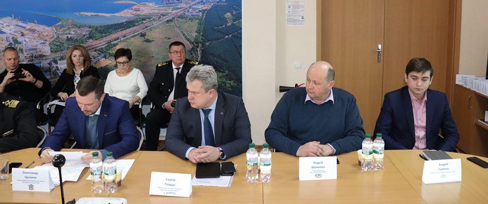 В Миколаєві обговорили спорудження шляхопроводу тунельного типу в припортовому районі