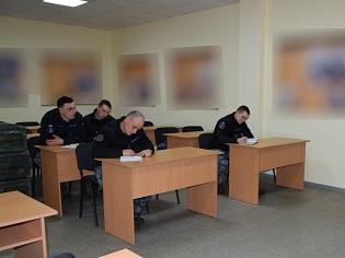 """В Миколаєві на базі Навчального центру ВМС ЗСУ розпочалась підготовка комендорів катерів типу """"Island"""""""