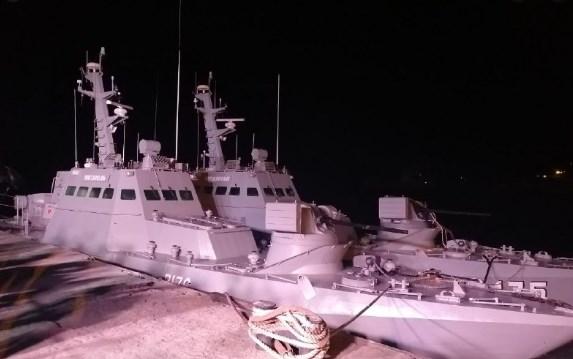 """Катери """"Нікополь"""" та """"Вишгород"""" зайшли на ремонт до Миколаївського суднобудівного заводу"""