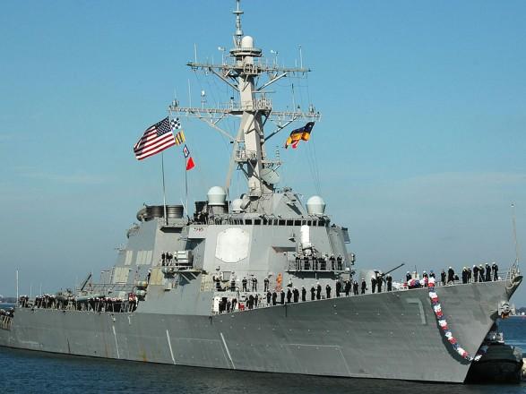 Есмінець USS Ross ВМС США зайшов у Чорне море