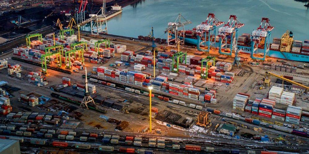 Компанія DP World придбає п'ятдесят один відсоток TIS Container Terminal Ukraine