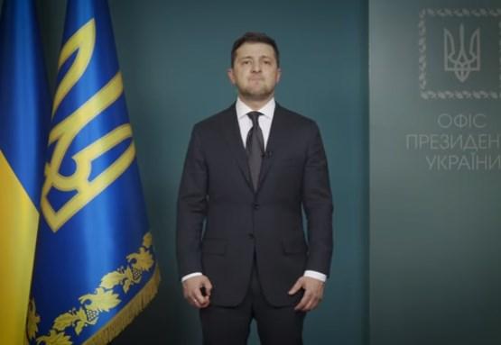(ВІДЕО) Вантажні пункти пропуску (авіа, залізничні, морські та автомобільні) продовжать працювати – звернення Президента України