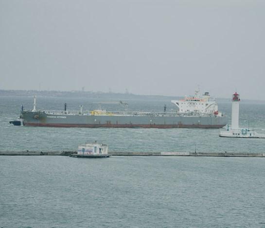 В Одеський порт прийшов перший у цьому році танкер з американською нафтою