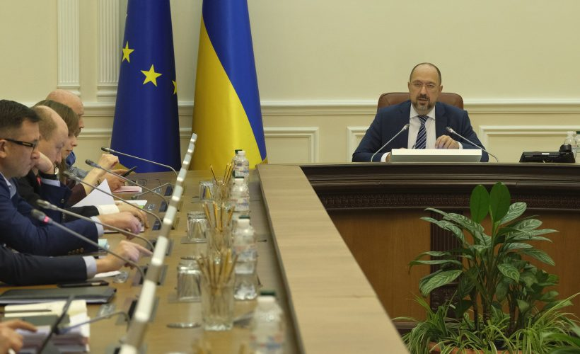 Уряд виділив МОЗ та Мінінфраструктури кошти з резервного фонду на заходи з подолання коронавірусу в Україні