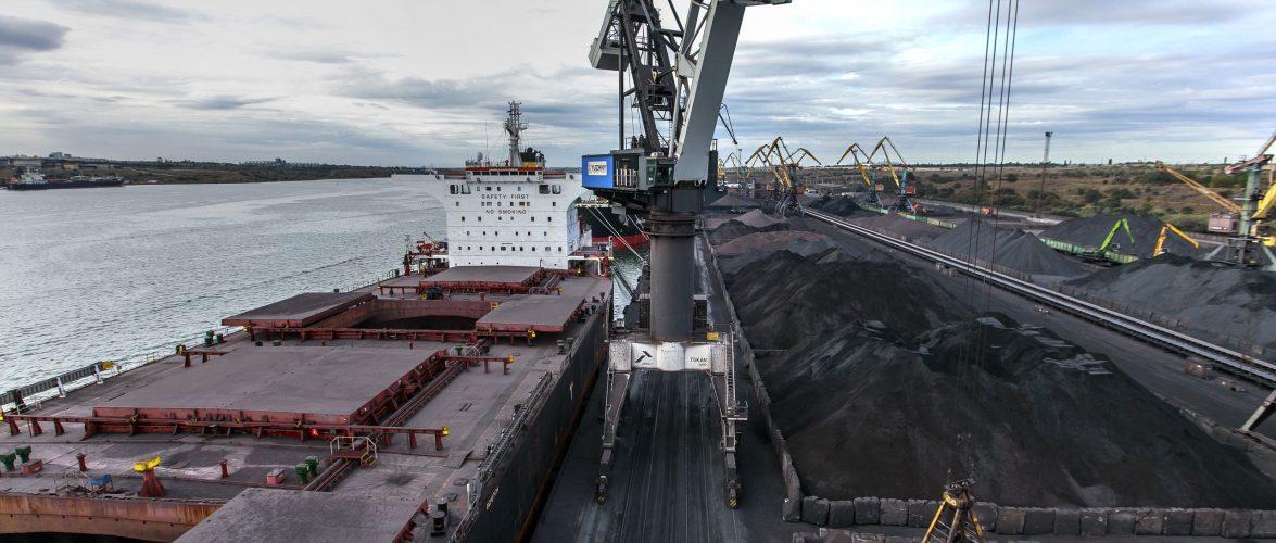 «Морський торговельний порт «Южний» у березні опрацював 1 млн 777,2 тис. тонн вантажів