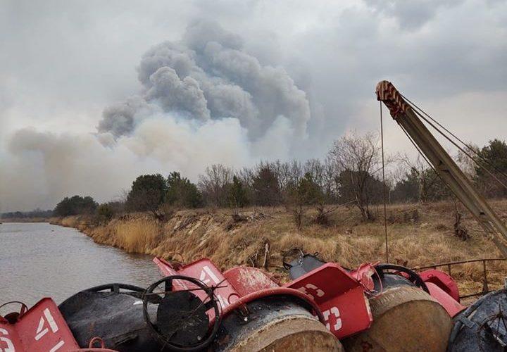 (ФОТО) Пожежами у Чорнобильському районі зруйновано декілька берегових засобів навігаційного обладнання Держгідрографії