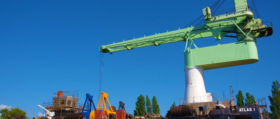 На Херсонській верфі провели модернізацію кранового судна ATLAS1
