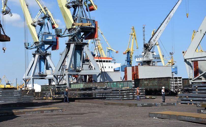 За 5 місяців Маріупольський порт обробив 2 млн. 315 тис. т вантажів