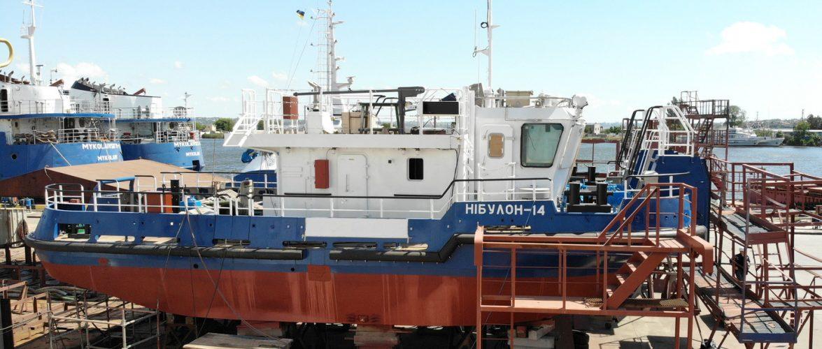 На суднобудівному заводі «НІБУЛОН» готують до спуску несамохідне судно