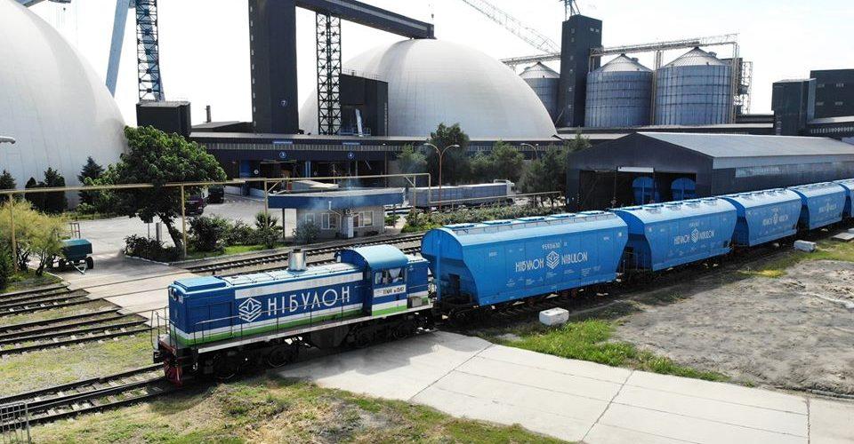«НІБУЛОН» придбав локомотив та отримав відповідний дозвіл від АТУкрзалізниця