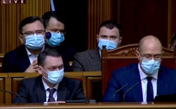 """(ВІДЕО) Міністр інфраструктури повідомив про """"деофшорізацію"""" """"Українськго Дунайського Пароплавства"""""""