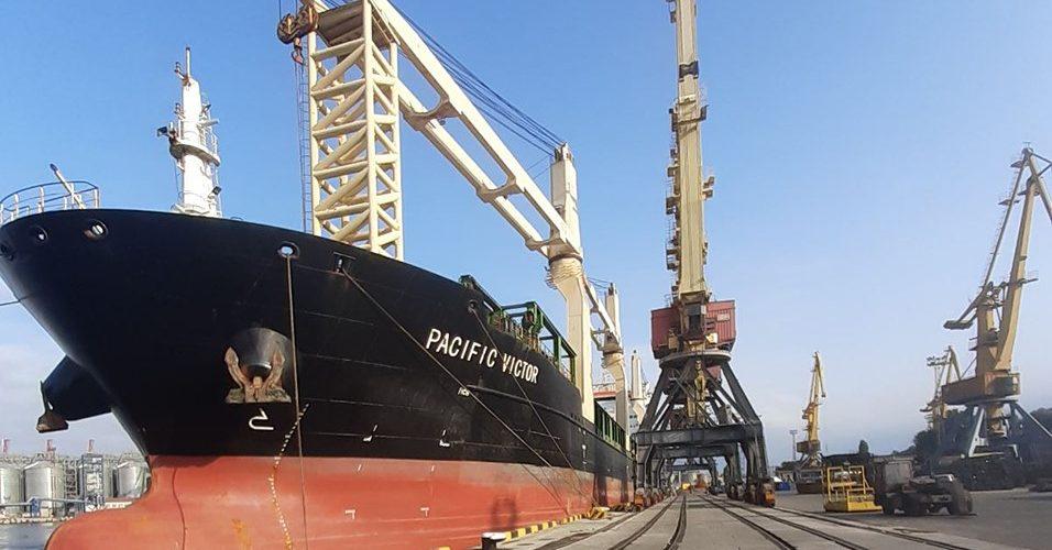 На реконструйованому причалі №7 Одеського порту оброблено перше судно