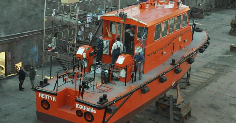 «Судноверф «Україна» спустила на воду буксир ALEXANDRIA та лоцманський катер «Нептун»