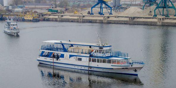Київський суднобудівний-судноремонтний завод провів доковий ремонт чотирьох теплоходів у жовтні-листопаді