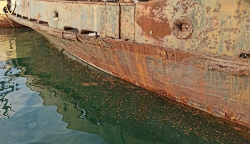 """Поліцейські розслідують факт забруднення моря нафтопродуктами з судна """"Аметист"""""""