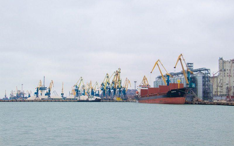 Більшість морських портів України працюють в штатному режимі