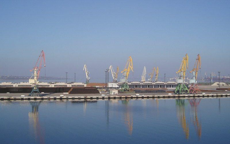 """Портові оператори """"Ольвії"""" за 4 місяці перевантажили 993,4 тис. тонн вантажів"""
