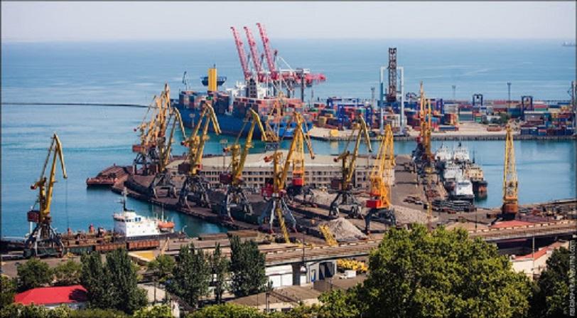 За оперативними даними у січні-листопаді 2020 року морські порти України обробили 145,69 млн т вантажів