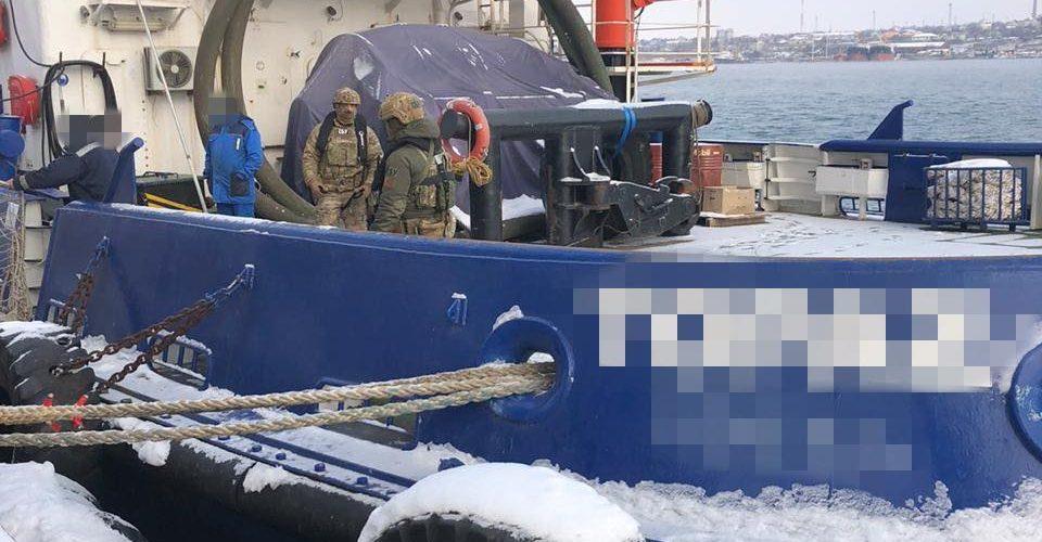 """СБУ блокувала схему незаконного переправлення моряків через державний кордон компанією """"Трансшип"""""""