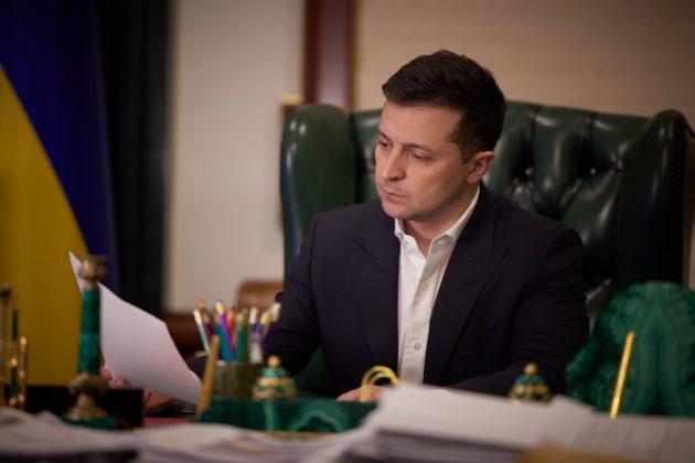 10 контрабандистів, 100 митників та 68 компаній потрапили під санкції РНБО України
