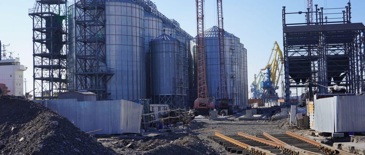 У Маріупольському порту почався завершальний етап будівництва зернового терміналу