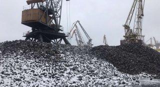 На першому вантажному районі ДП «МТП «Чорноморськ» триває накопичення судової партії чавунної чушки