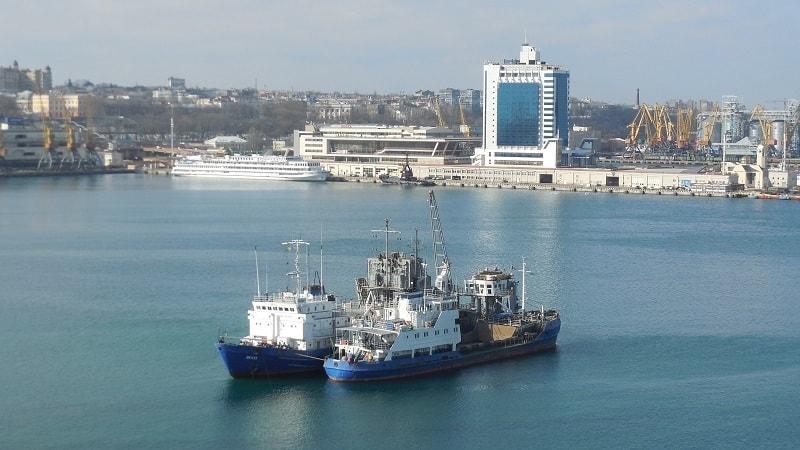 «Розпочато експлуатаційне днопоглиблення Аванпорту Одеського морського порту», – Олександр Голодницький