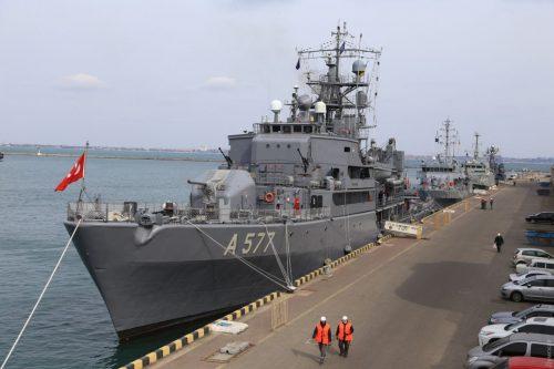 Друга протимінна група НАТО SNMCMG2 зайшла сьогодні вранці в Одеський морський порт