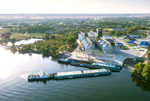 «Нібулон» першим відкрив судноплавство на Дніпрі у новому навігаційному сезоні 2021